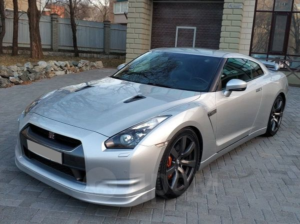 Nissan GT-R, 2009 год, 2 300 000 руб.
