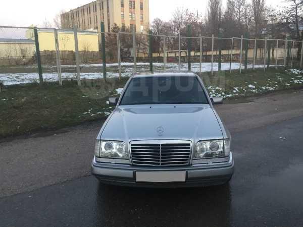 Mercedes-Benz E-Class, 1993 год, 350 000 руб.