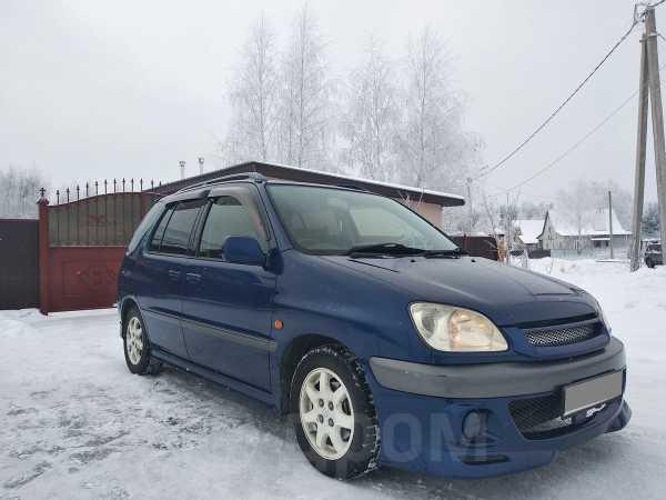 Toyota Raum, 2001 год, 275 000 руб.
