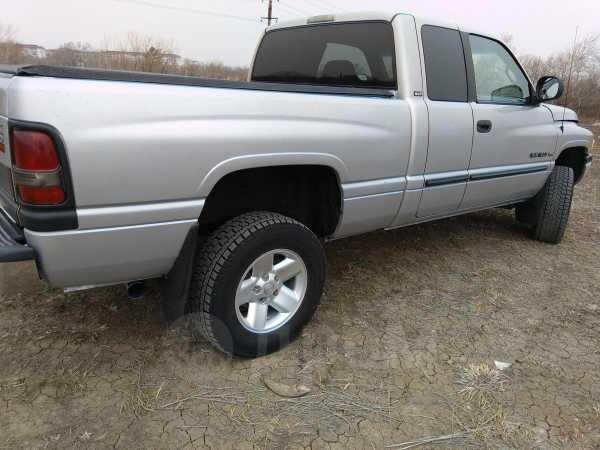 Dodge Ram, 2000 год, 745 000 руб.