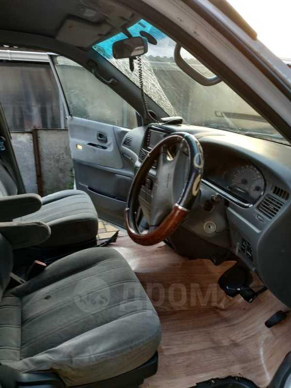 Toyota Lite Ace Noah, 1999 год, 240 000 руб.