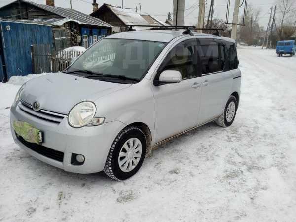 Toyota Sienta, 2009 год, 470 000 руб.