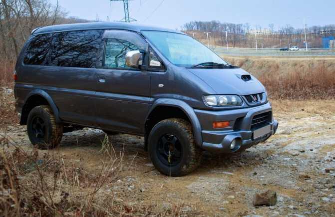 Mitsubishi Delica, 1994 год, 699 000 руб.