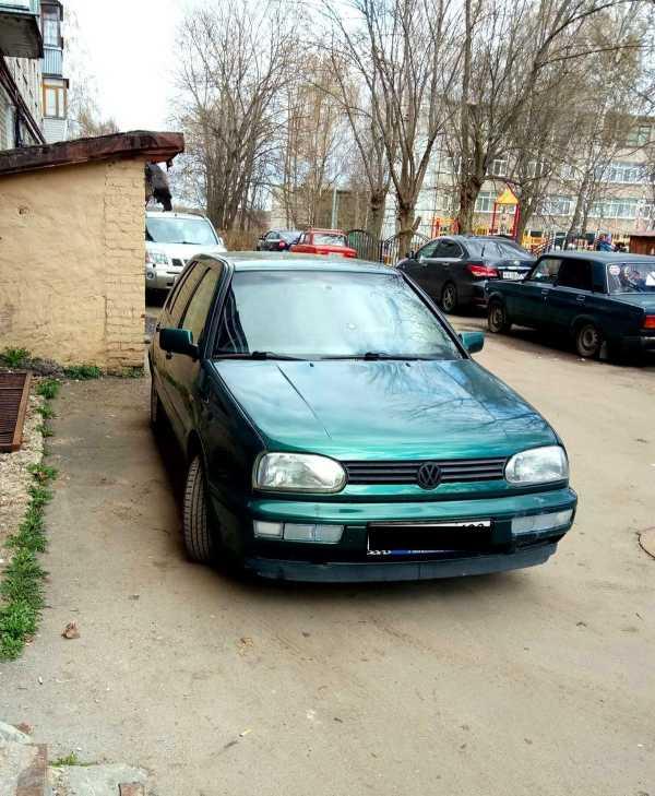 Volkswagen Golf, 1997 год, 140 000 руб.