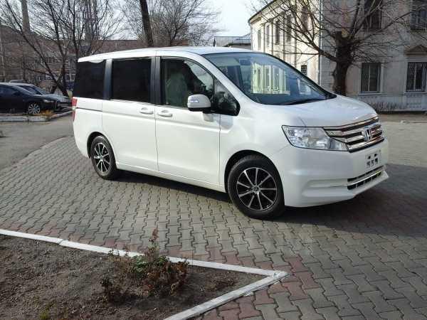 Honda Stepwgn, 2013 год, 1 058 000 руб.
