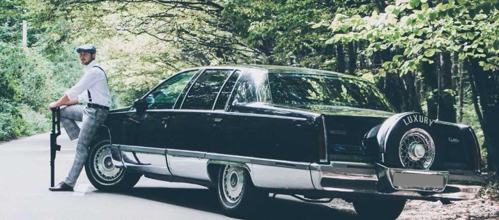 Cadillac Fleetwood, 1993 год, 1 000 000 руб.