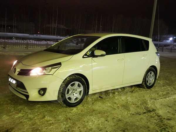 Toyota Verso, 2013 год, 700 000 руб.