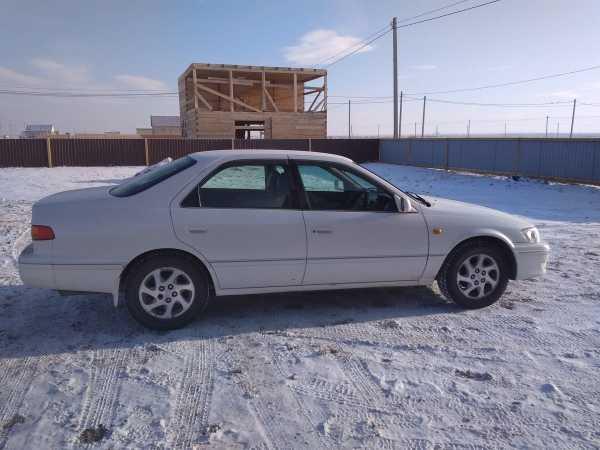 Toyota Camry Gracia, 2000 год, 320 000 руб.