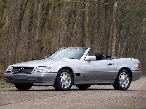 Mercedes-Benz SL-Class 1989 - 1995