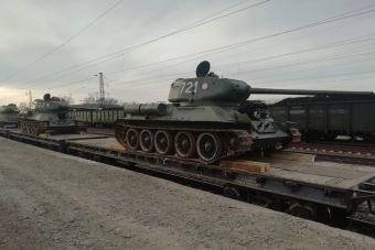 Переданную Лаосом бронетехнику планируется использовать при проведении Парадов Победы в различных городах России, для обновления музейных экспозиций, а также для съемок исторических фильмов.