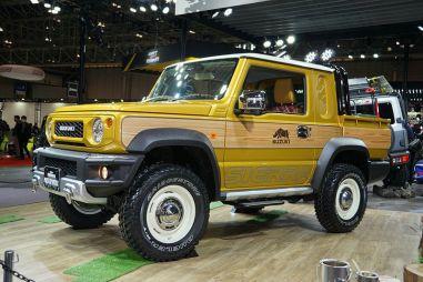 «Живые» фото двух новых версий Suzuki Jimny: экстремальный внедорожник и пикап