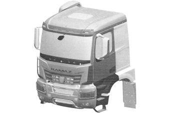 Модификация кабины K5 для самосвалов имеет пониженную крышу и массивный стальной бампер.