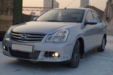 Nissan Almera,
