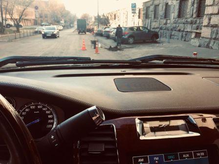 Cadillac Escalade 2012 - отзыв владельца