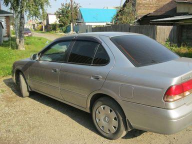 Nissan Sunny, 2003
