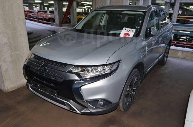 Mitsubishi Outlander, 2018 год, 1 968 000 руб.