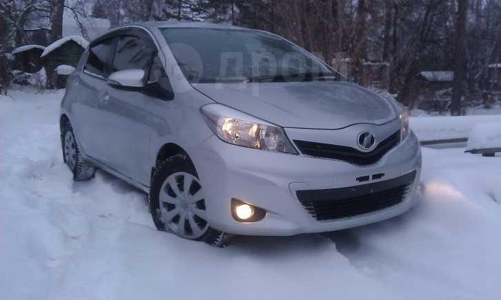 Toyota Vitz, 2012 год, 550 000 руб.