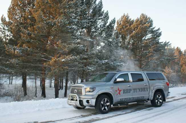 Toyota Tundra, 2010 год, 2 200 000 руб.