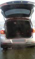 Volkswagen Tiguan, 2012 год, 659 000 руб.