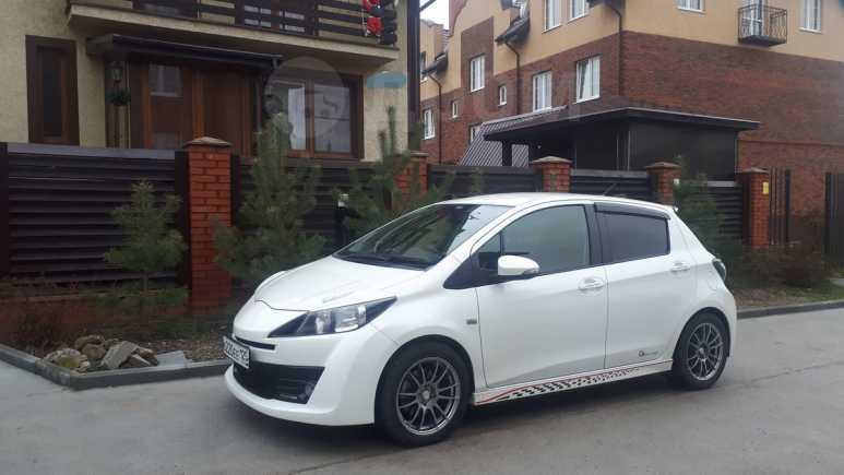 Toyota Vitz, 2012 год, 720 000 руб.