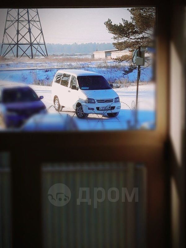 Toyota Lite Ace Noah, 2000 год, 240 000 руб.