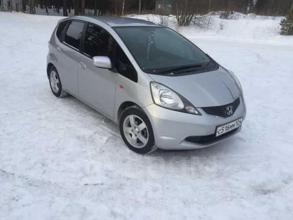 Honda Fit, 2010 год, 460 000 руб.