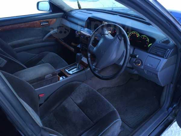 Nissan Gloria, 1999 год, 200 000 руб.