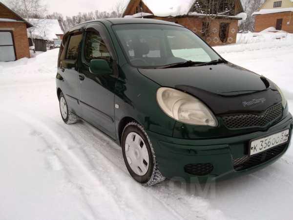 Toyota Funcargo, 2003 год, 305 000 руб.