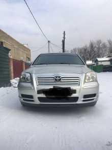 Кызыл Avensis 2004