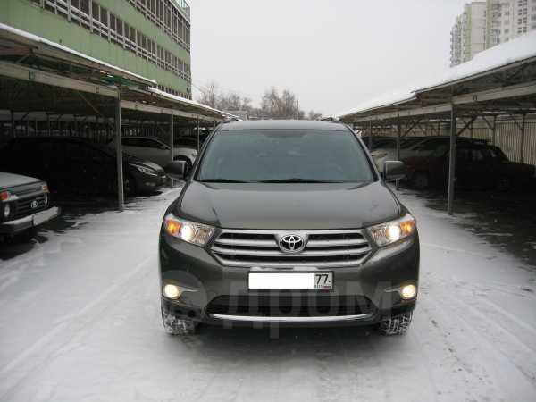 Toyota Highlander, 2011 год, 1 390 000 руб.