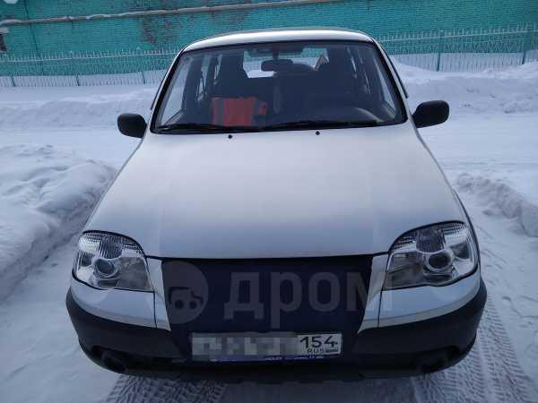 Chevrolet Niva, 2011 год, 332 000 руб.