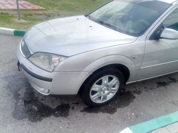 Ford Mondeo, 2004 год, 380 000 руб.