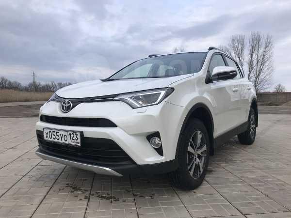 Toyota RAV4, 2015 год, 1 440 000 руб.