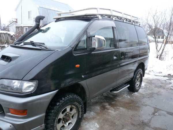 Mitsubishi Delica, 2001 год, 650 000 руб.