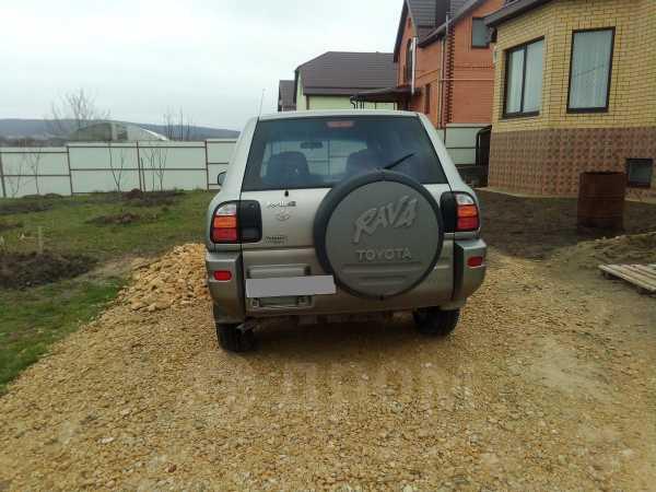 Toyota RAV4, 2000 год, 300 000 руб.