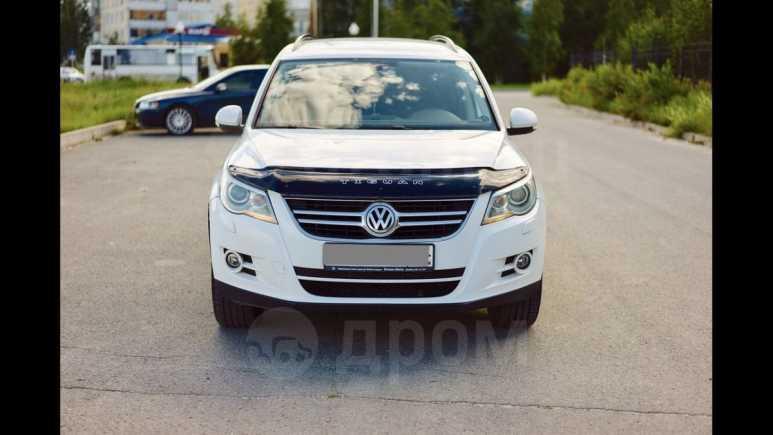 Volkswagen Tiguan, 2009 год, 540 000 руб.