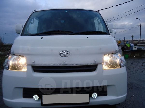 Toyota Town Ace, 2014 год, 755 000 руб.