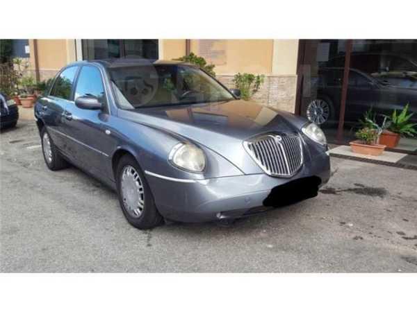 Lancia Thesis, 2001 год, 820 000 руб.