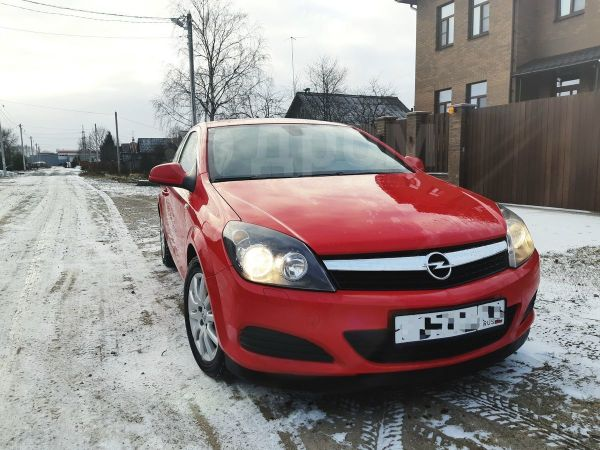 Opel Astra GTC, 2010 год, 340 000 руб.