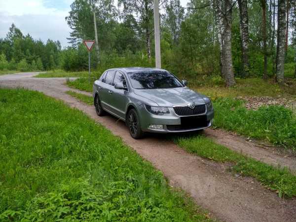 Skoda Superb, 2011 год, 599 000 руб.