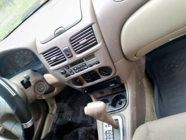 Nissan Sentra, 2001 год, 100 000 руб.