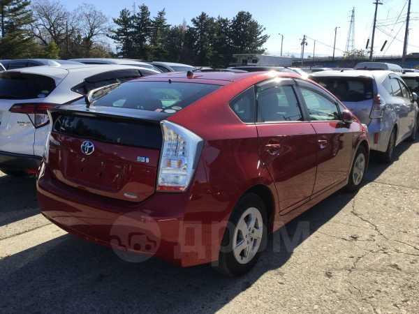 Toyota Prius, 2011 год, 890 000 руб.