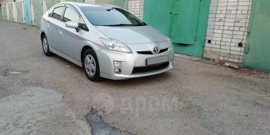 Toyota Prius, 2011 год, 755 000 руб.