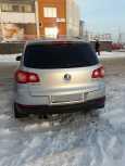 Volkswagen Tiguan, 2010 год, 680 000 руб.