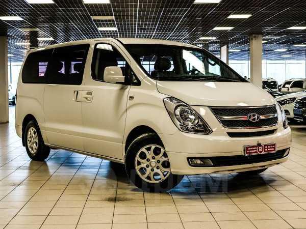 Hyundai Grand Starex, 2013 год, 899 500 руб.