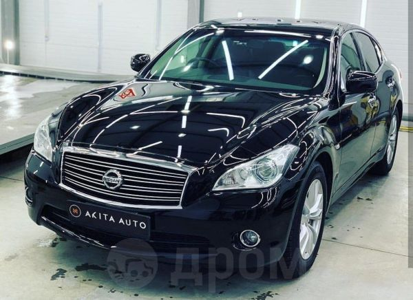 Nissan Fuga, 2010 год, 1 190 000 руб.