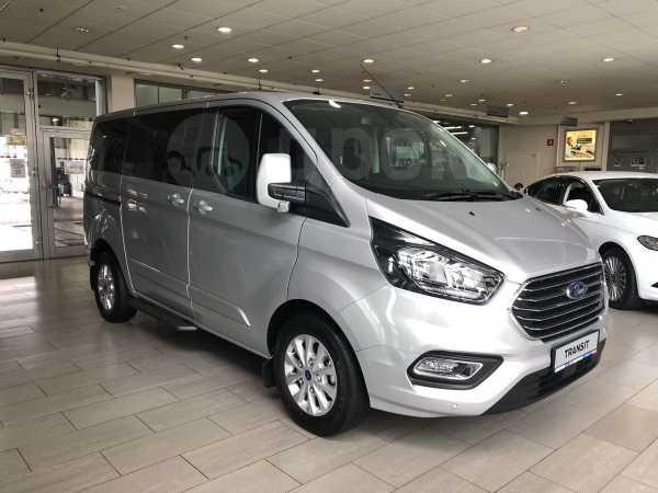 Ford Tourneo Custom, 2017 год, 2 445 000 руб.