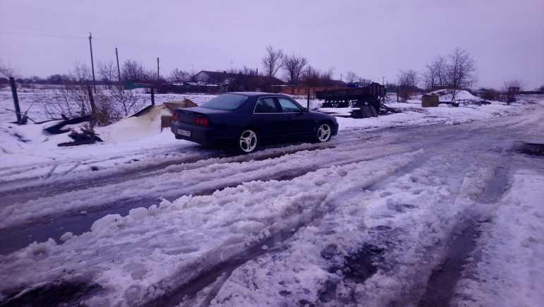 Nissan Skyline, 1988 год, 270 000 руб.