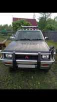 Mitsubishi Strada, 1995 год, 420 000 руб.