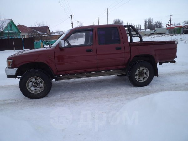 Toyota Hilux Pick Up, 1997 год, 485 000 руб.